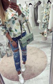 Свежа дамска блузка в два флорални десена