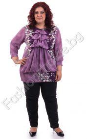 Цветна дамска блуза с интересен акцент-жабо