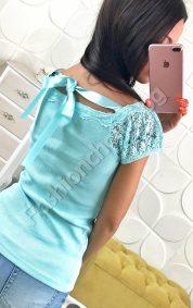 Сладка дамска блузка с дантела и сатенена панделка