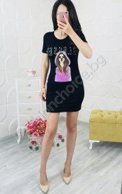 Закачлива дамска рокличка в черно