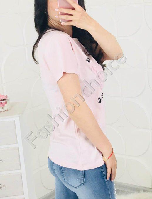 Красива дамска блузка с нежна пеперуда в розово
