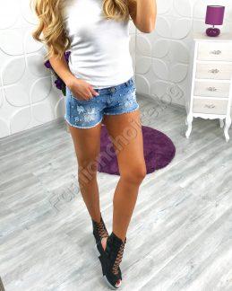 Къси секси дамски панталонки от деним с черепчета