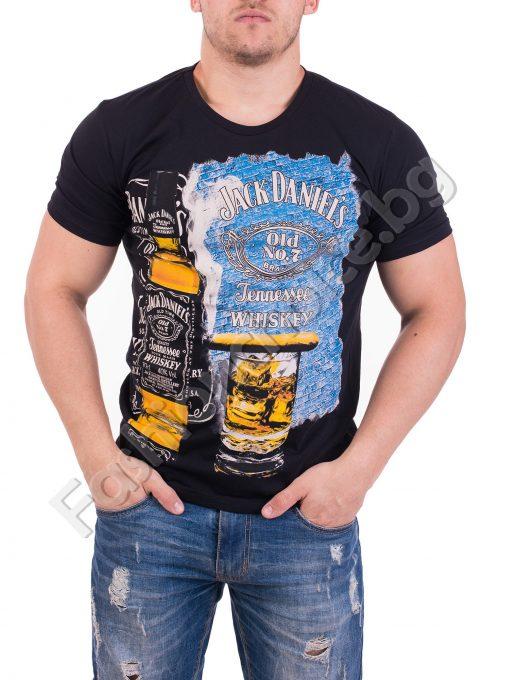 Актуална мъжка тениска с щампа и надпис в черно и бяло