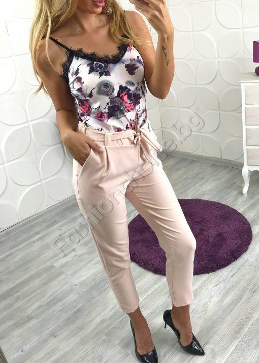 Невероятен и стилен дамски панталон в цвят пудра
