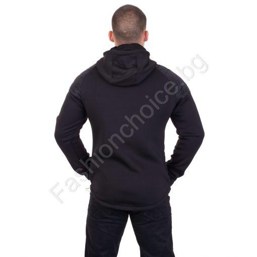 Актуално плътно мъжко яке с качулка и издължена задна част