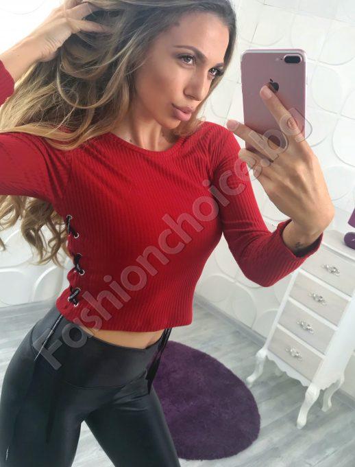 Сладка къса дамска блузка с връзки