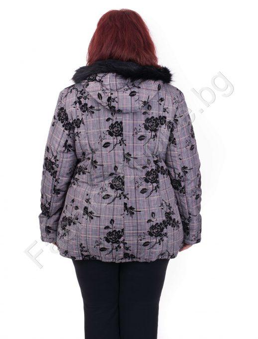 39a45fcb250 Нежно и елегантно плътно яке с качулка за макси дами