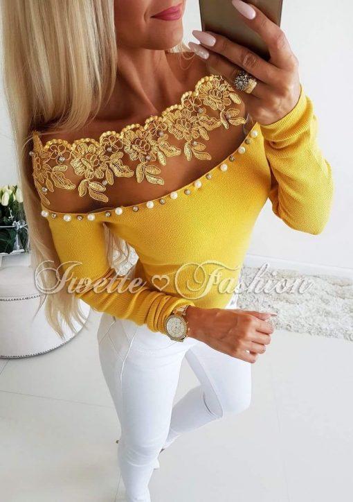 Хит модел дамска блуза в цвят горчица