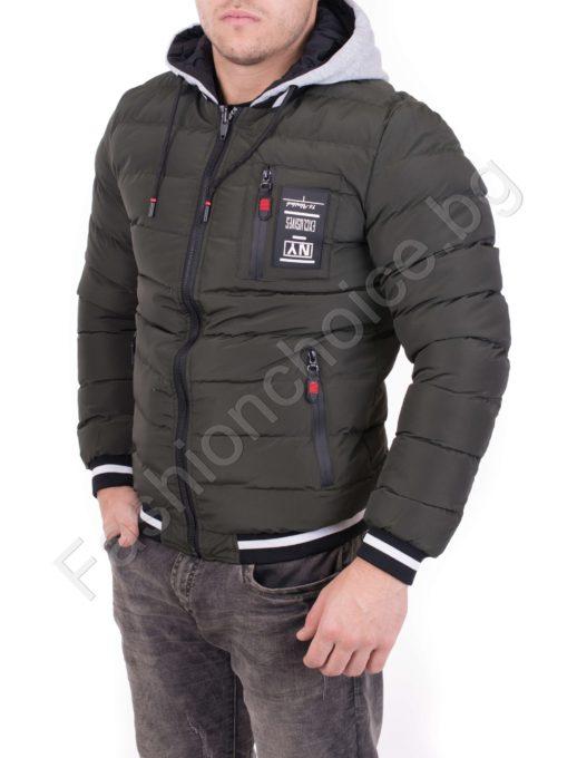 Двулицево зимно мъжко яке с качулка в два десена