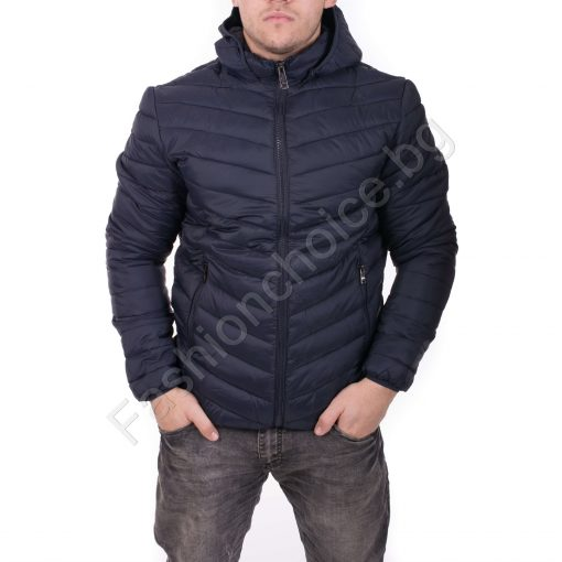Комфортно мъжко яке с качулка в черно, тъмносиньо и бордо