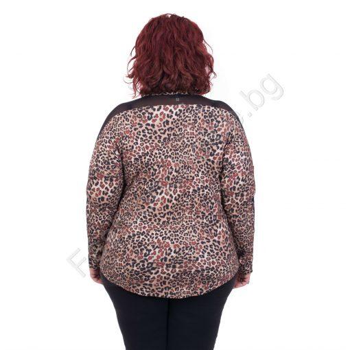 Нежна дамска блуза в леопардов принт и елементи от тюл