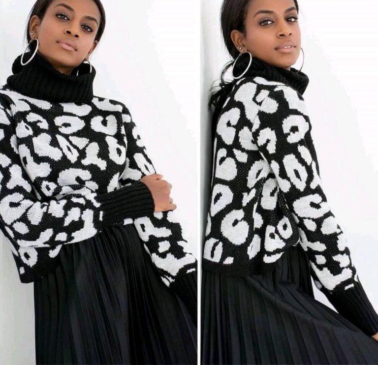 Сладко късо дамско пуловерче в черно- бял нюанс
