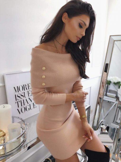 Елегантна рокличка с дълъг ръкав в цвят пудра