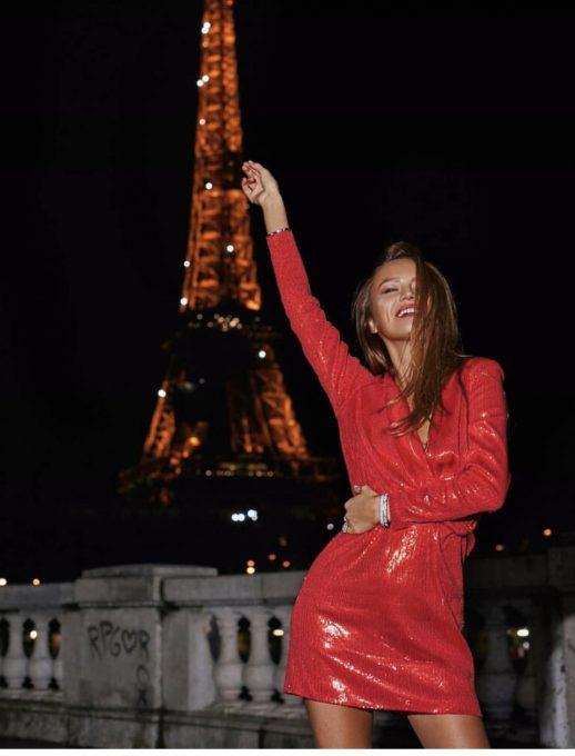 Красива къса парти рокля с кокетни червени паети
