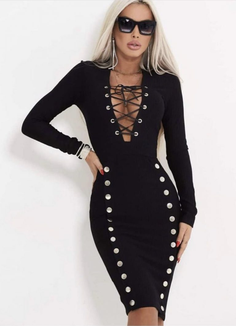 Предизвикателно секси рокличка с връзки по деколтето