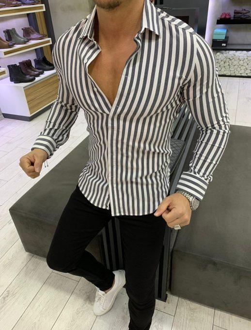 Практична мъжка риза с дълъг ръкав в черно райе