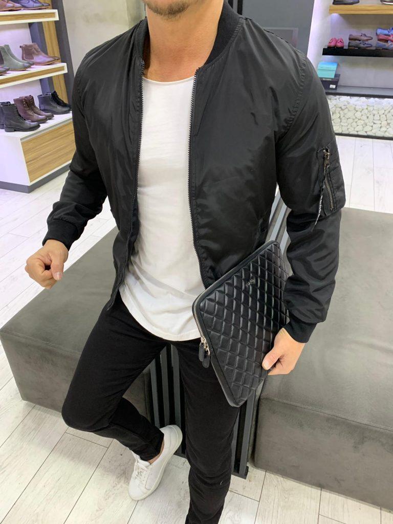 Мъжко шушляково яке със столче яка в класически черен цвят
