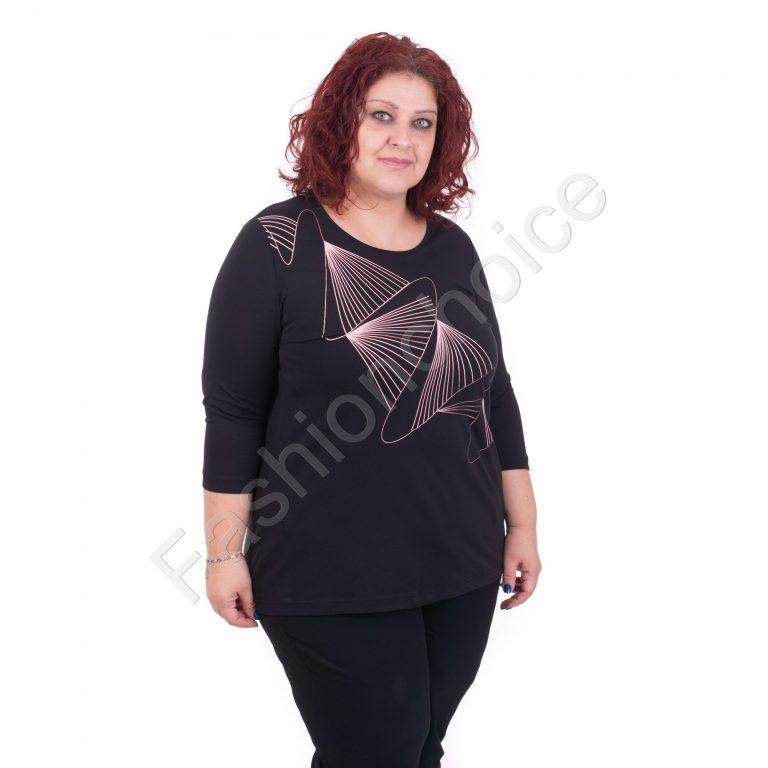 Нов модел макси блуза в черно с геометрична декорация