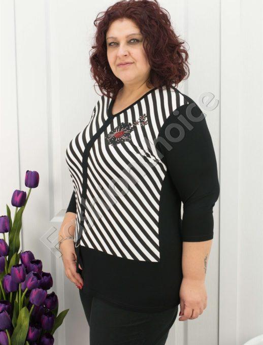 Макси блуза на райе в два цвята и деликатна апликация с камъни