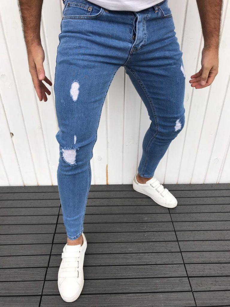 Модерни мъжки дънки в класически син деним с надран ефект