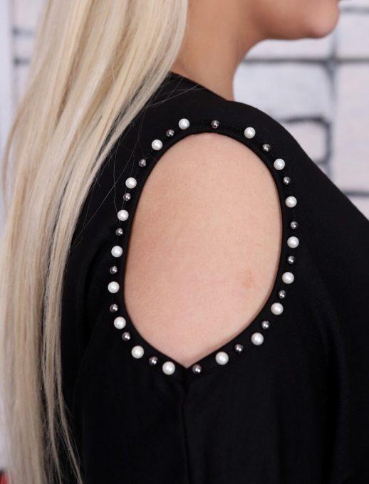 Модерна макси блуза с отвор и стилни бели перли на рамената