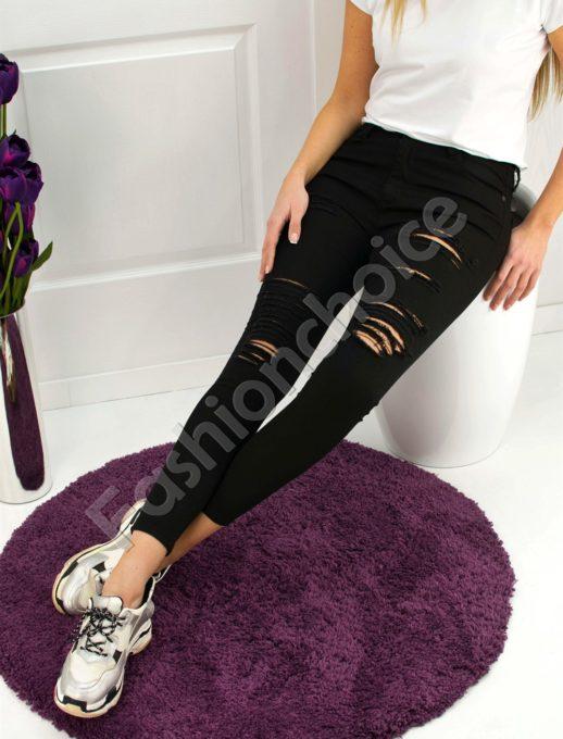 Панталон с накъсан ефект в черен цвят - код 729-1