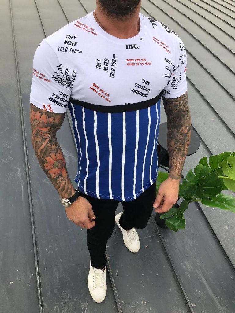 Мъжка тениска с надписи и райета в бяло с кралско синьо