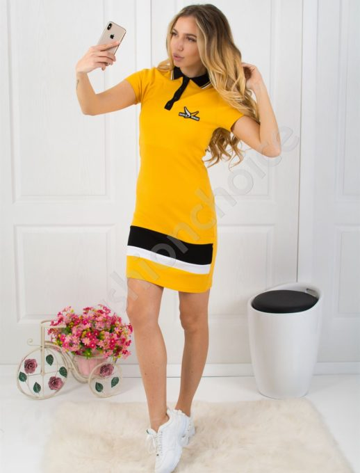 Спортна рокля с къс ръкав и якичка - цвят горчица Код 799