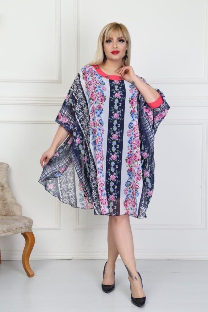 Ефирна дамска рокля-пончо на нежни цветенца-код 740-15