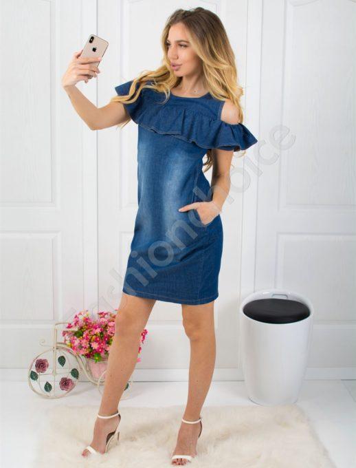 Дънкова рокля с голи рамена-код 026-214