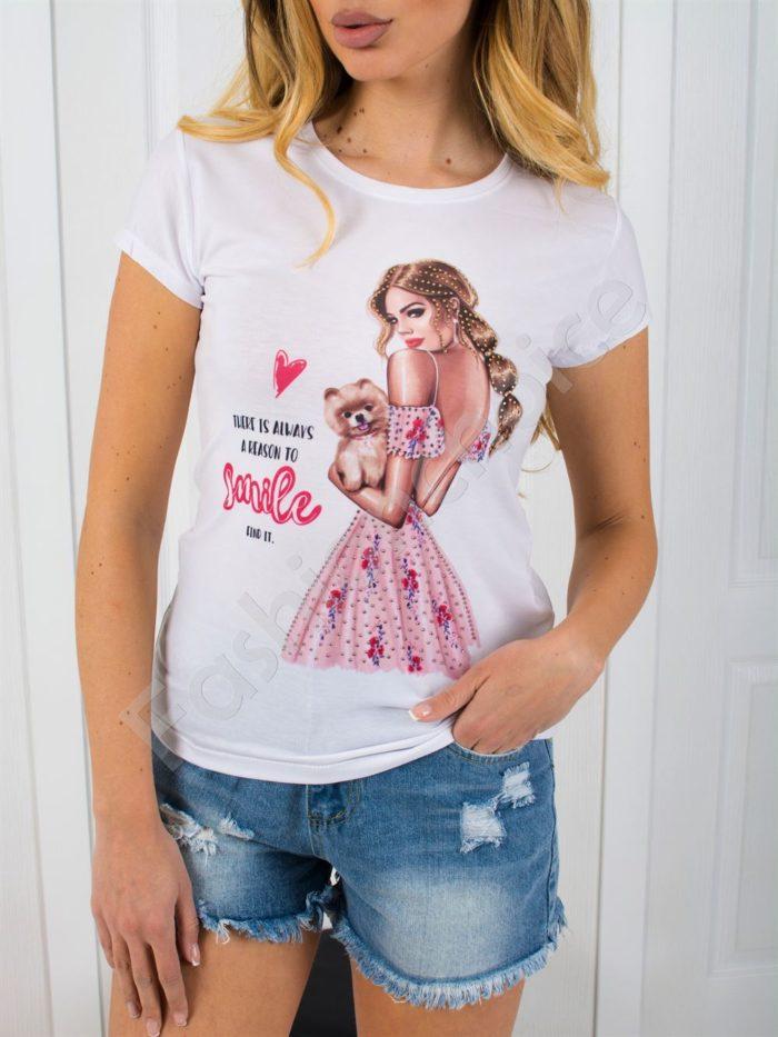 Дамска блузка с нежна щампа и камъчета -код 801