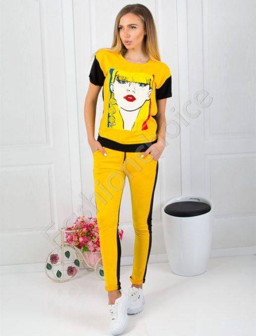 Дамски комплект с ефектна щампа в жълто код 750-951-1