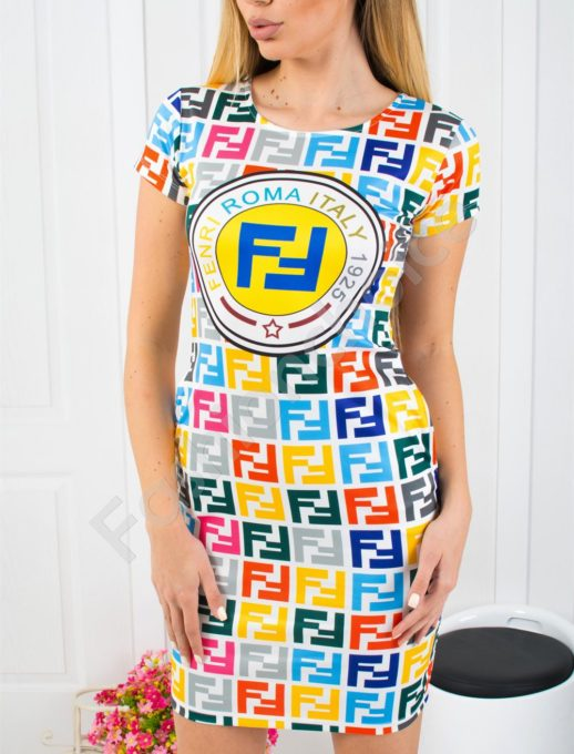 Къса дамска рокля с ефектен принт-код 819