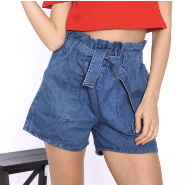 Къси дънкови панталонки с висока талия и коланче- код 808