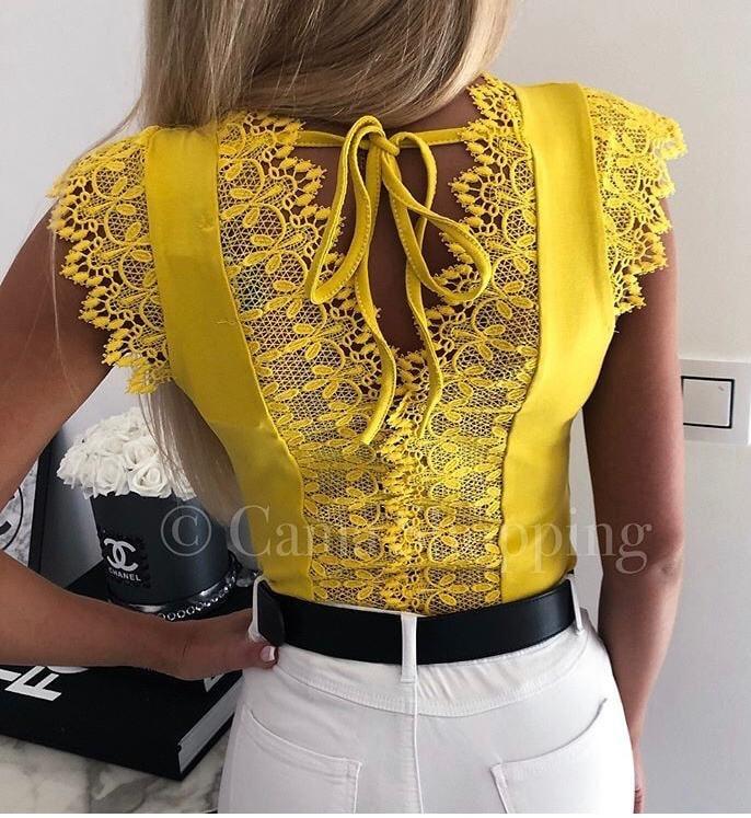 Дамски топ с красива дантела в жълто-код 821-2