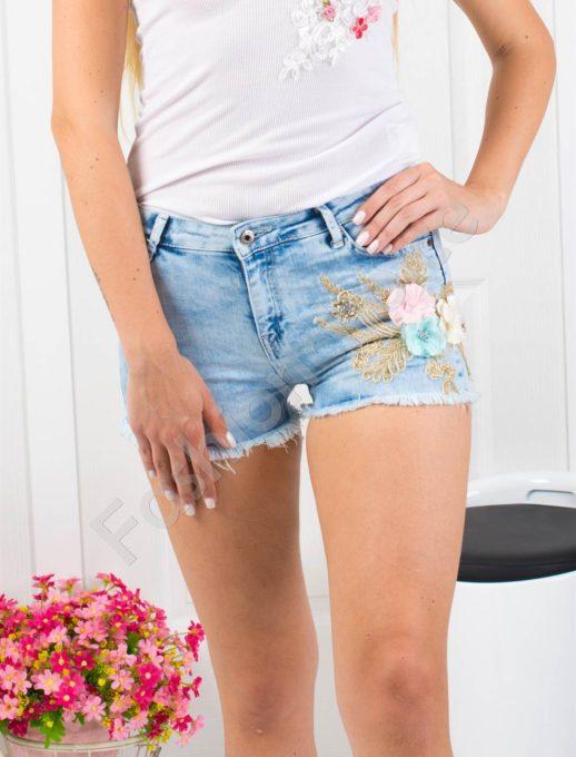 Дънкови панталонки с апликация цветя-Код 850-994-1