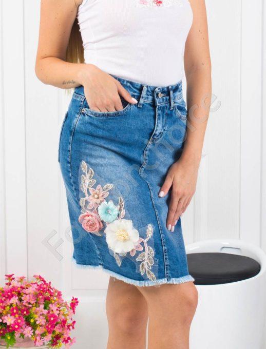 Дънкова пола с изтъркан ефект и апликация-Код 850- 1111