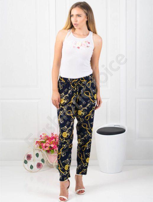 Дамски тъмно син панталон с мотиви -Код 313-953-1
