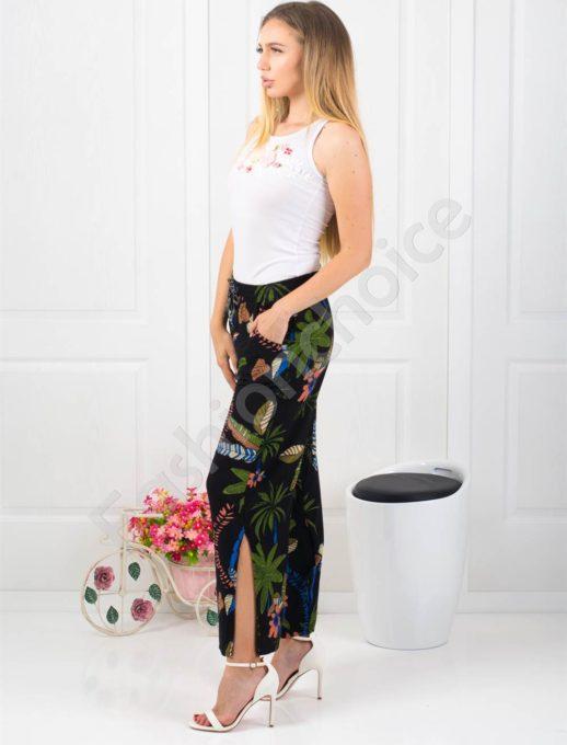 Дамски черен панталон с тропически десен -Код 313-001-1