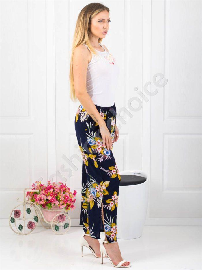 Дамски тъмно син панталон на цветя -Код 313-001