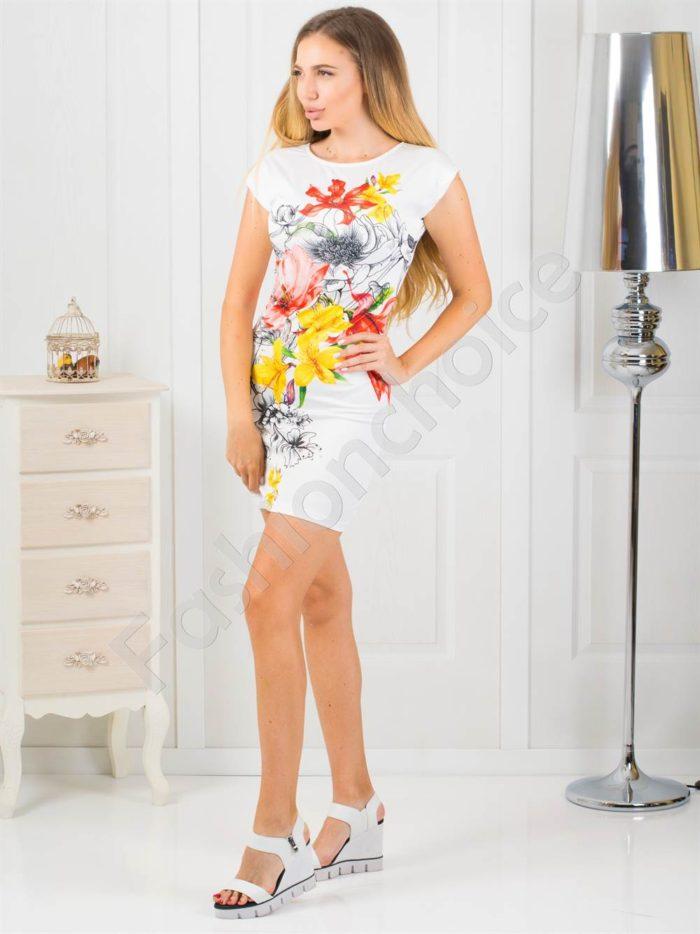Къса дамска рокля с принт на цветя