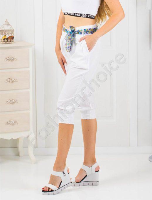 Дамски 3/4 панталон в бяло с кокетно коланче