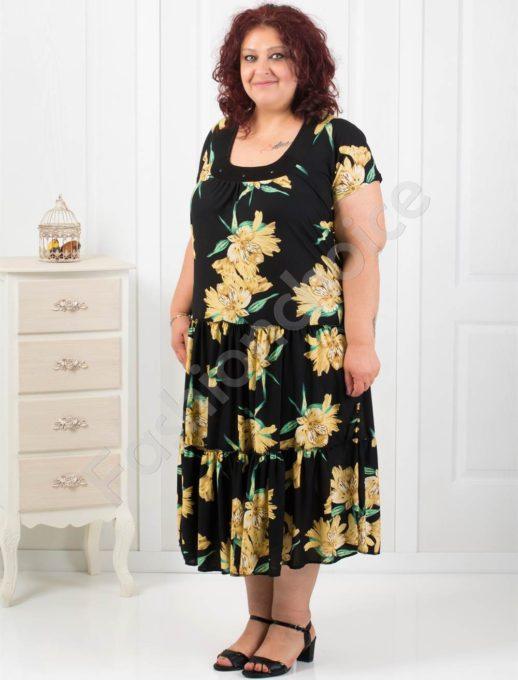 Красива разкроена макси рокля на нежен цветен десен