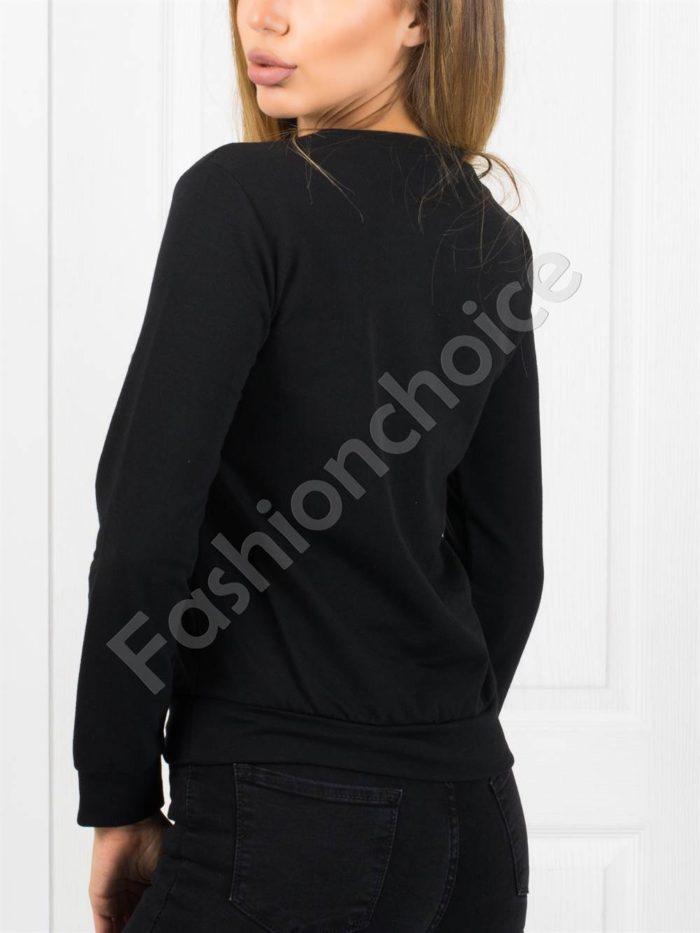 Дамска блуза с апликация в черно