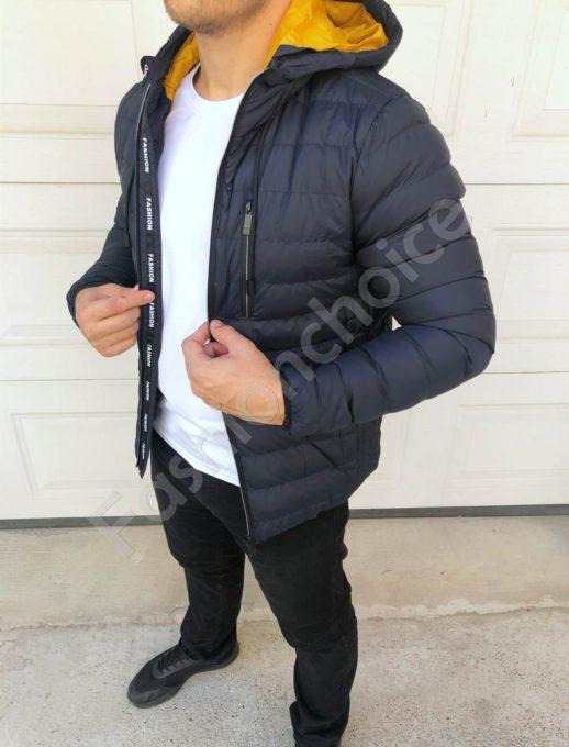 Мъжко спортно яке с цветна качулка в тъмносиньо-код 84000