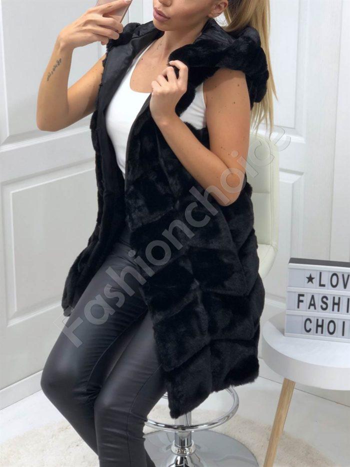 Елегантен пухен елек с качулка в черно-Код 18