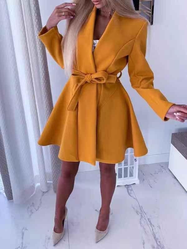 Стилно дамско палто с колан в цвят горчица-код 289