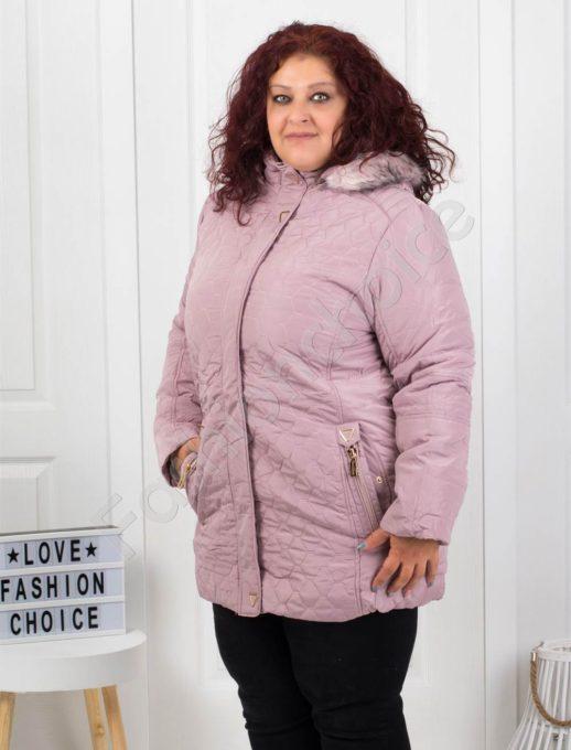 Зимно макси яке с качулка и еко косъм в нежно розово-код5208-2