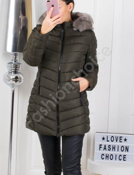Дълго зимно дамско яке с еко косъм в цвят каки