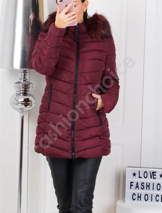 Дълго зимно дамско яке с еко косъм в цвят малина